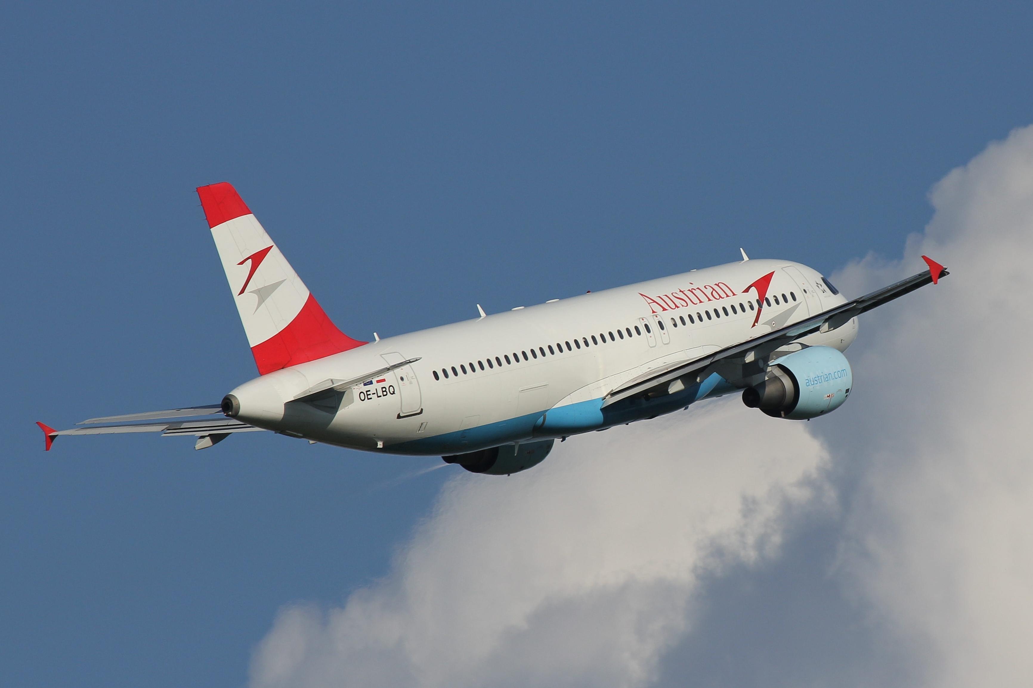 Austrian Airlines Airbus A320-214; reg. OE-LBQ; cn 1137