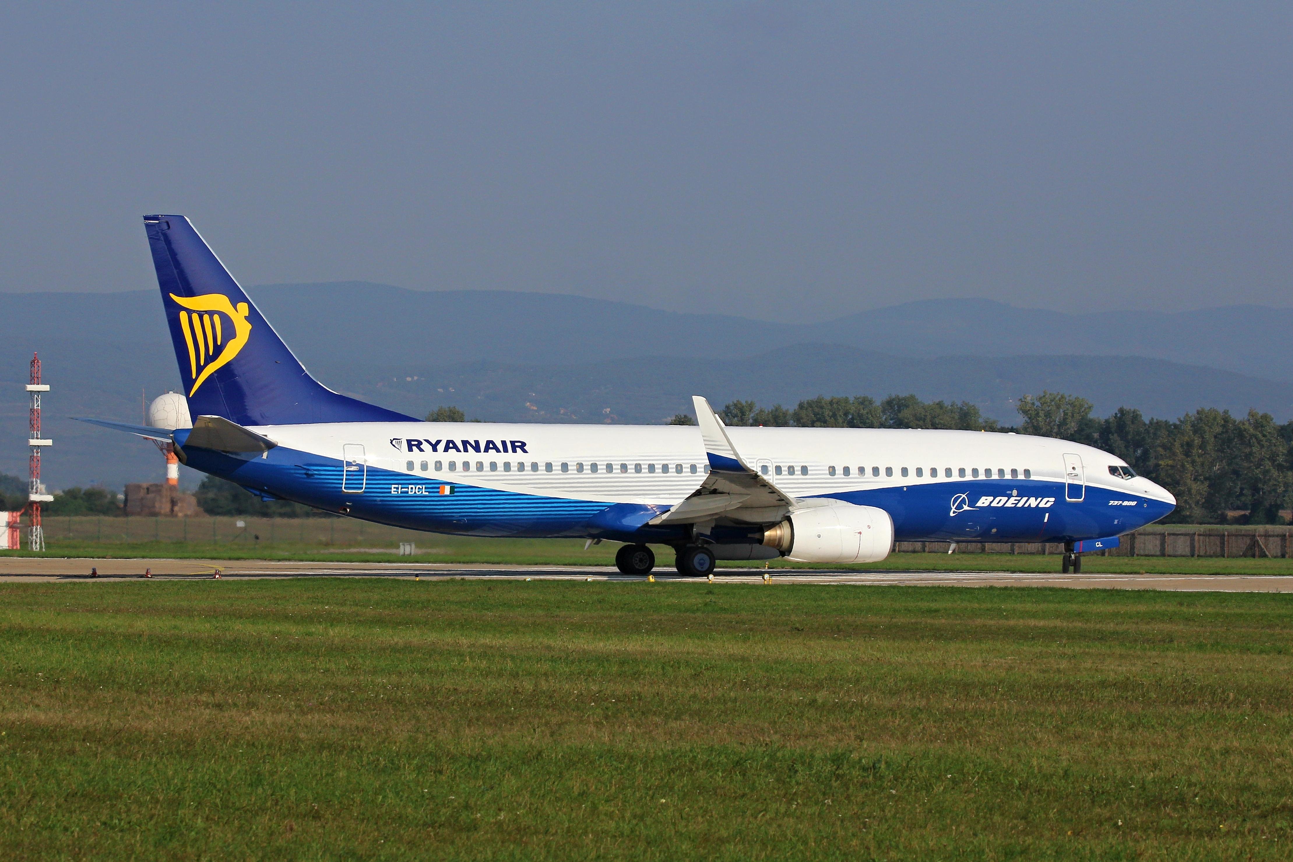 Ryanair Boeing 737-8AS(WL); reg. EI-DCL; cn: 33806
